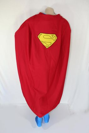 07 Mannequin-Superman-Costume-With-Cape-Full-Rear-Vertical x425