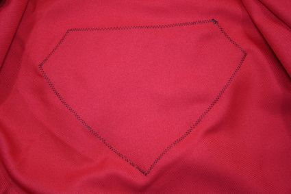 19 Superman-Costume-Cape-Full-Emblem-Inside x425