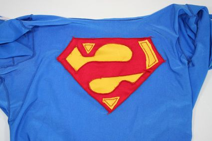 26 Superman-Costume-Bodysuit-Front-Insideout-Top-Half x425