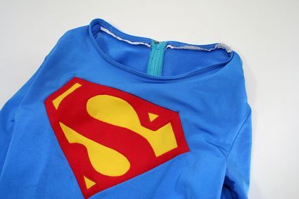 34 Superman-Costume-Neckline-and-Chest-Symbol-and-Collar x425