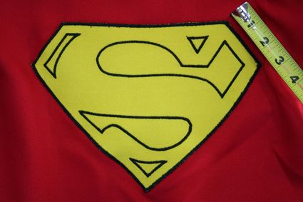 51 Superman-Costume-Cape-Full-Emblem-Taped-02 x425