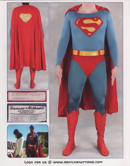 PiH-27-Superman-Costume-2-of-2-x425