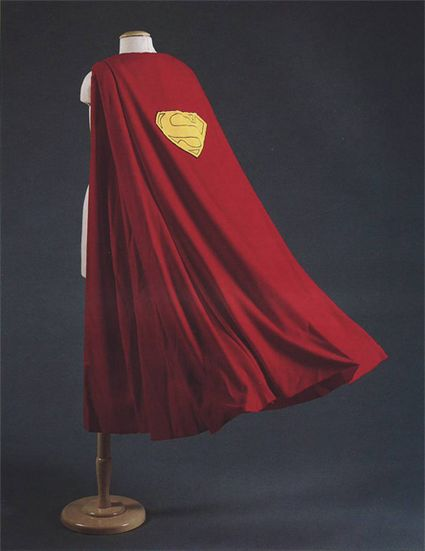 Sothebys 12 19 97 Superman Cape x425
