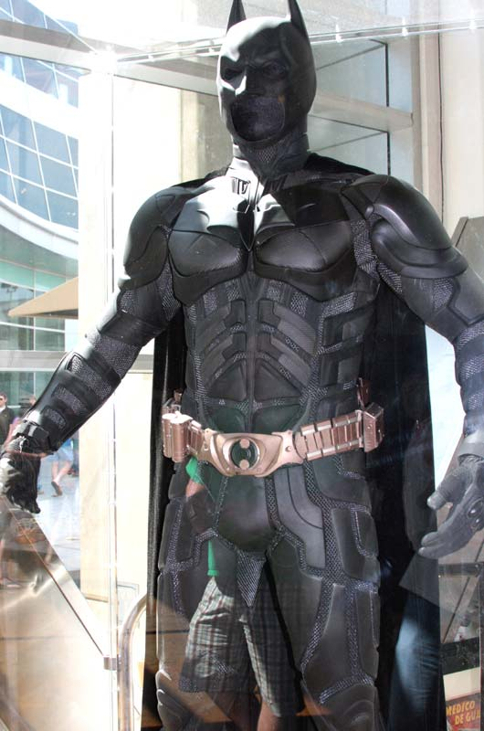 the dark knight rises bane costume. gt;CAN THE SUIT BE IMPROVED UPON