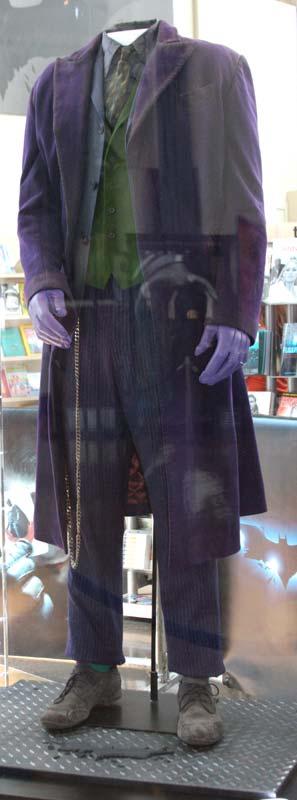 http://www.originalprop.com/blog/wp-content/uploads/2008/07/arclight-batman-dark-knight-suit-joker-costume.jpg