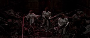 star-wars-trash-compactor-hd-screencap-x300