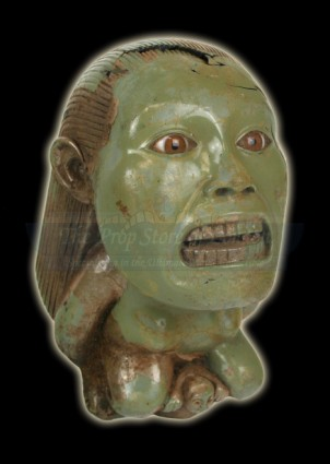 prop-store-collection-raiders-fertility-idol-02-x425