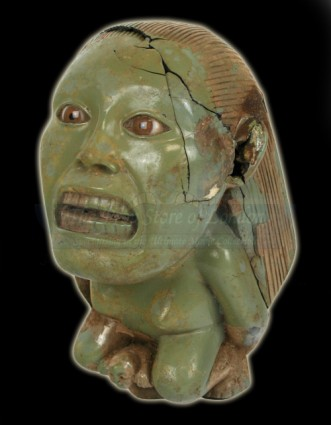 prop-store-collection-raiders-fertility-idol-03-x425