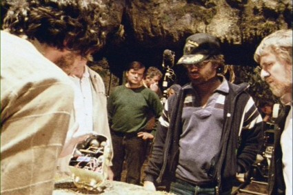 raiders-of-the-lost-ark-behind-the-scenes-mechanical-idol-01-x425
