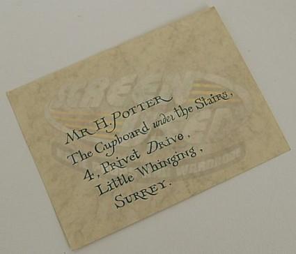Les hemstock movie used harry potter envelope warner bros coa screenused harry potter hogwarts invitation envelope front 02 stopboris Image collections
