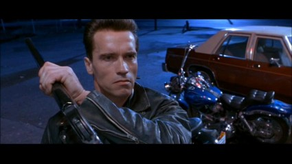 terminator-2-sd-screencapture-shotgun-movie-prop-03-x425