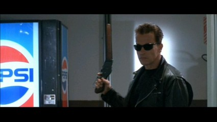 terminator-2-sd-screencapture-shotgun-movie-prop-07-x425