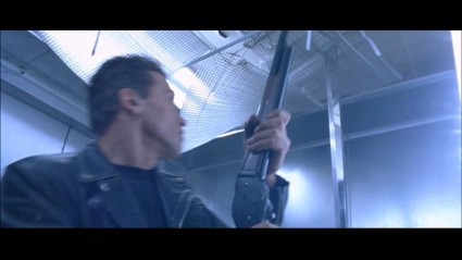 terminator-2-sd-screencapture-shotgun-movie-prop-27-x425