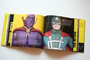 watchmen-film-companion-08-x300