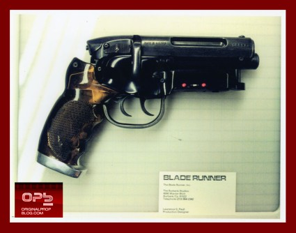 blade-runner-deckard-hero-pistol-movie-prop-profiles-in-history-1981-01-x425