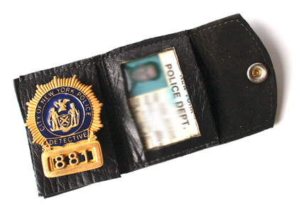 john-mcclane-nypd-badge-credentials-set-x425