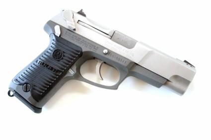 true-lies-desperado-ruger-p90-pistol-firearm-prop-02-x425