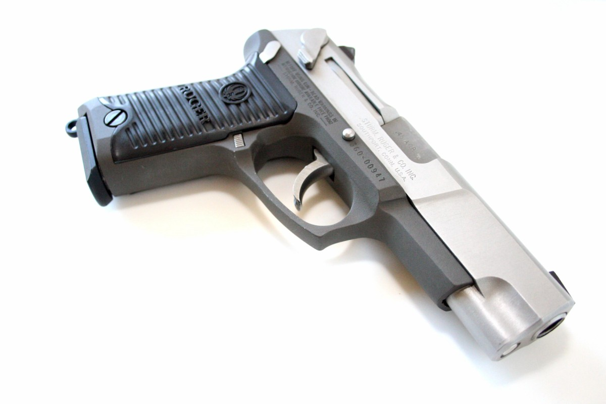 http://www.originalprop.com/blog/wp-content/uploads/2009/05/true-lies-desperado-ruger-p90-pistol-firearm-prop-03-x1200.jpg