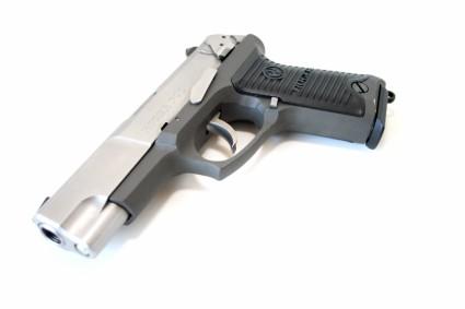 true-lies-desperado-ruger-p90-pistol-firearm-prop-07-x425