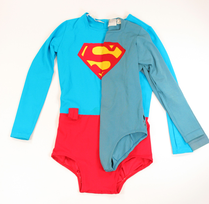 warner-bros-superman-costume-compare-super-hollywood-size-comp-01x425