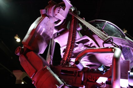 """Heavy Lifter"" Prop from James Cameron's Upcoming ""Avatar"" Movie Makes Appearance at E3"