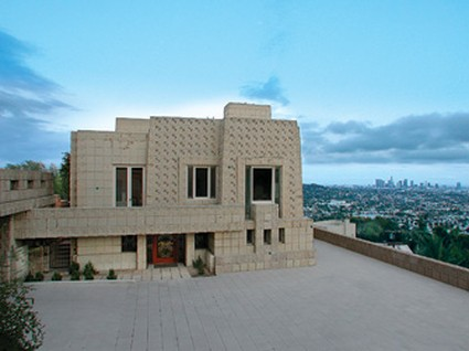 frank-lloyd-wright-ennis-house-02-x425
