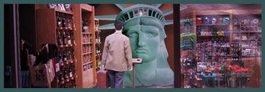 Original-Prop-Blog-Statue-of-Liberty-Prop-Planet-of-the-Apes-Timeline-Gap-x380