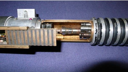 ROTJ-Lightsaber-Elstree-Props-Specialist-Auctions-03