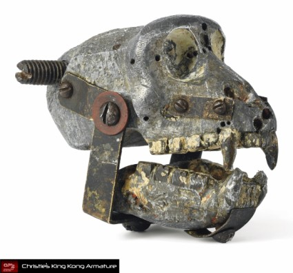 Christies-Auction-King-Kong-Original-Armature-Movie-Prop-HEAD-RIGHT [x425]