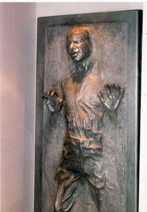 Art-of-Star-Wars-Exhibit-1995-Original-Prop-Blog-Han-Solo-Carbonite [x425]