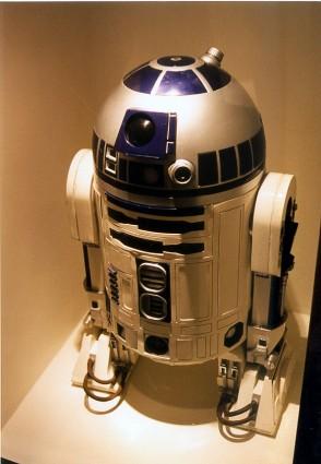Art-of-Star-Wars-Exhibit-1995-Original-Prop-Blog-R2D2 [x425]