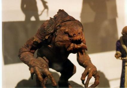 Art-of-Star-Wars-Exhibit-1995-Original-Prop-Blog-Rancor-Monster [x425]