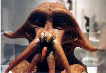 Art-of-Star-Wars-Exhibit-1995-Original-Prop-Blog-Squid-Head [x425]