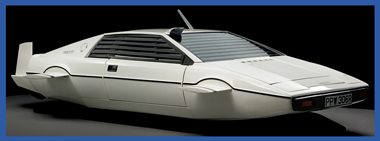 RM-Auctions-James-Bond-Lotus-Esprit-Submarine-Auction-Sale-The-Spy-Who-Loved-Me-007-Movie-Prop-Car-Memorabilia-x380