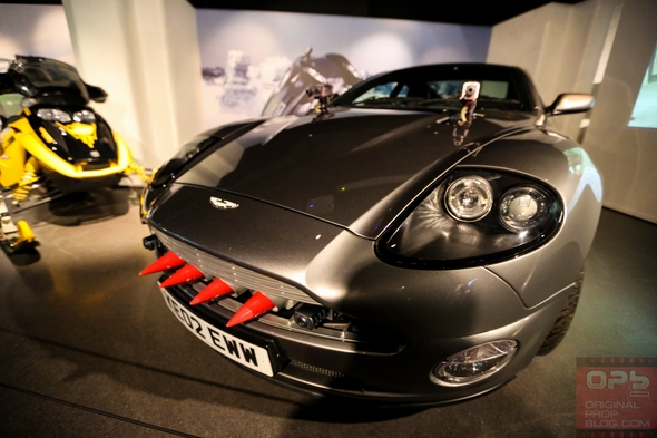 London-Film-Museum-Bond-in-Motion-James-Bond-007-Covent-Garden-Exhibit-2014-Official-Collection-Vehicles-Movie-Prop-Cars-007-RSJ