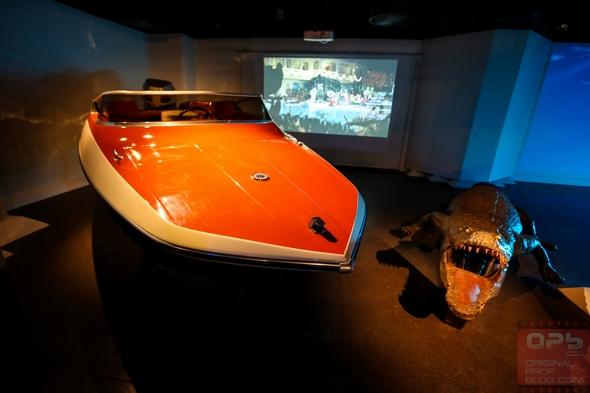London-Film-Museum-Bond-in-Motion-James-Bond-007-Covent-Garden-Exhibit-2014-Official-Collection-Vehicles-Movie-Prop-Cars-010-RSJ