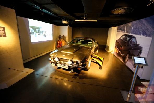 London-Film-Museum-Bond-in-Motion-James-Bond-007-Covent-Garden-Exhibit-2014-Official-Collection-Vehicles-Movie-Prop-Cars-108-RSJ
