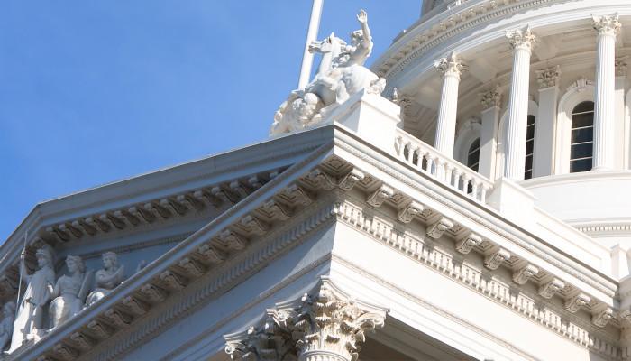 Mark Hamill & Assemblywoman Ling Ling Chang Working on Autograph Anti-Fraud Legislation (California Assembly Bill AB 1570)
